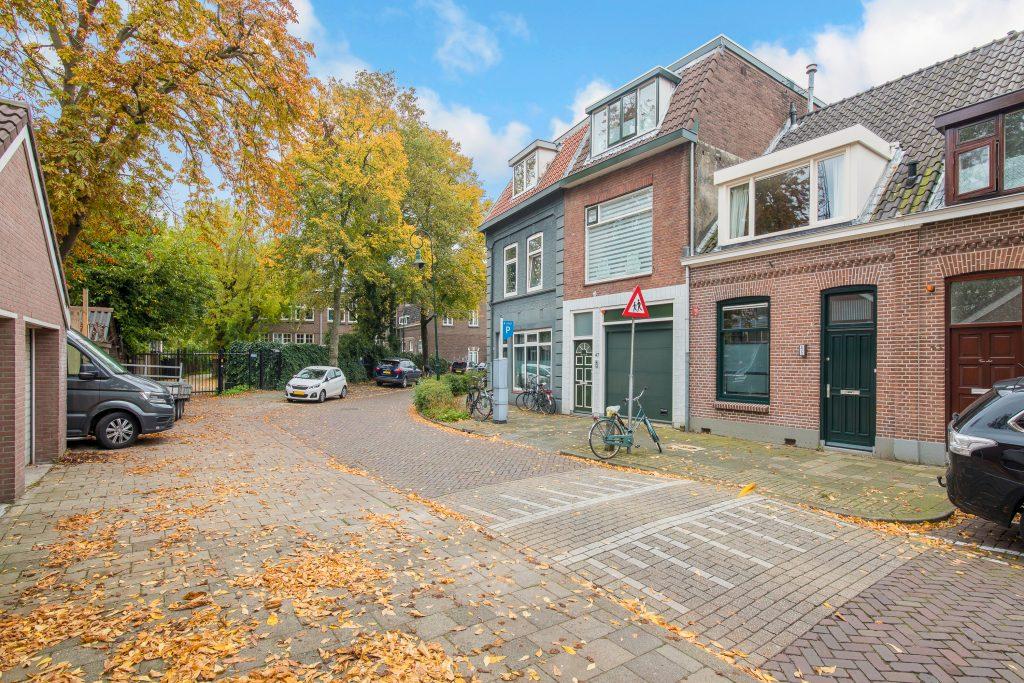 , Abstederdijk 45 te Utrecht, Makelaar in Utrecht